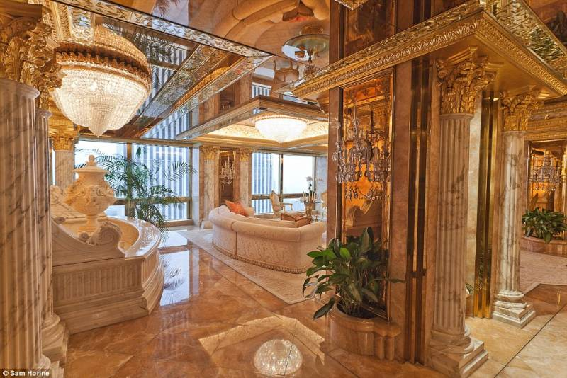 casa-trump-con-marmo-e-finiture-in-oro-zecchino-732308